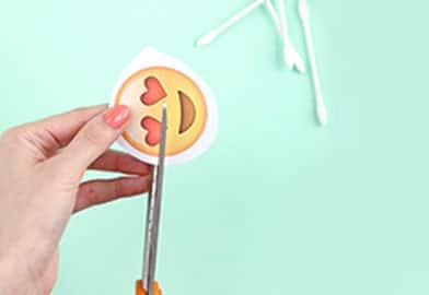 DIY Emoji Ornament1